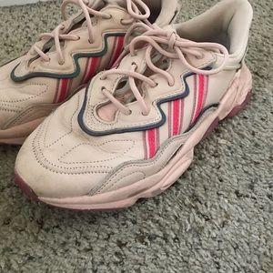 "Adidas, pink/rose, OZWEEGO, ""dad sneakers"""
